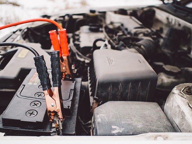 Comment changer une batterie de voiture ?